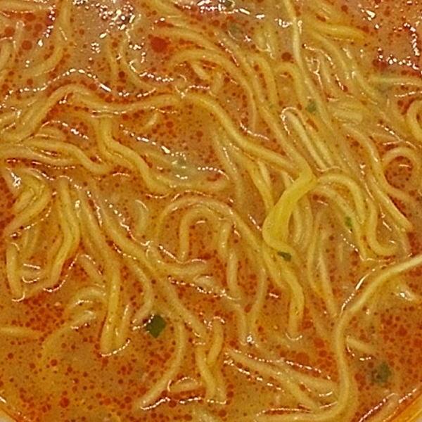 日清麺職人 濃厚担々麺